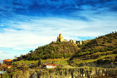 从第比利斯Narikala城堡,缆索铁路和老镇的看法  英王乔治一世至三世时期 库存图片