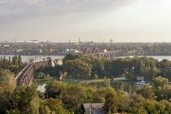 第聂伯罗彼得罗夫斯克铁路桥梁 免版税库存图片