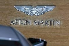 第88个日内瓦国际汽车展示会2018年-阿斯顿・马丁标志 免版税库存照片