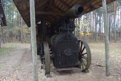 第19个c的locomobile结尾 它由arsing在木头或煤炭的灼烧的过程中的蒸汽runned 库存照片