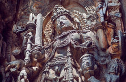 第12个centur Hoysaleshwara寺庙古老安心的美丽的战士希瓦阁下在Halebidu,印度 库存照片