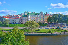 第30个Gvardeysky Korpus堤防的古老房子在维堡,俄罗斯 库存图片