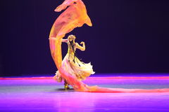 第10中国艺术节舞蹈竞争-在新疆跳舞 免版税库存图片