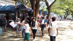 第12作为吸引力的angkor出现的结构成为最好佛教被编译的柬埔寨首都中心世纪城市古典复杂国家(地区)投入的早象征第一个标志基础有有高印度他ii其高棉国王国民一个保留的头等宗教保持的s重大的站点状态样式suryavarman符号寺庙然后到记录大桶vishnu 库存照片