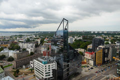 从第24楼的看法到现代城市,塔林 库存照片