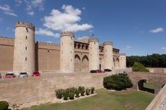 第11第20按照被恢复的伊斯兰宫殿经过多种的筑堡垒于的被安置的hud的aljaferia改变banu被建立的世纪世纪朝代是萨瓦格萨 库存图片