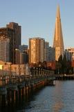 第7大厦码头街道transamerica 免版税库存图片