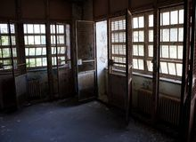 笼中的窗口 免版税图库摄影