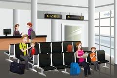 等待在机场 免版税图库摄影