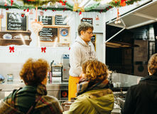 等待的圣诞节食物 免版税库存图片