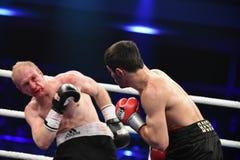 等级拳击战斗在体育宫殿  免版税图库摄影