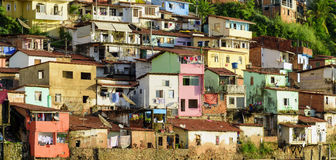 等高贫民窟在萨尔瓦多,巴伊亚 免版税库存照片