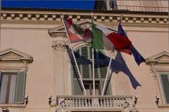 建筑关闭Quirinal宫殿阳台 免版税库存照片