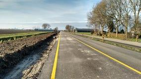建筑垄沟安装道路工程 库存照片