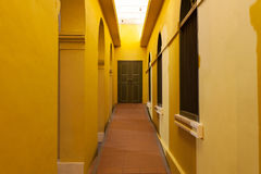 建筑学古典走廊对门,葡萄酒设计archi的 库存图片