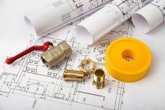 建筑学图纸计划和卷  库存图片