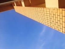建筑学在天空背景中 免版税库存照片