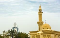 建筑学在迪拜清真寺,阿联酋 库存图片