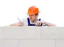建筑工人在工作 免版税库存图片