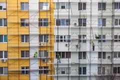 建筑工人队  库存照片