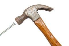 建筑工具、弦槌和具体钉子 免版税库存图片