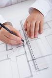 建筑师图纸工作 免版税库存图片
