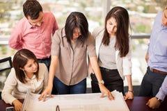 组建筑师在工作 免版税库存照片
