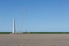 建筑新的风轮机在荷兰 库存照片