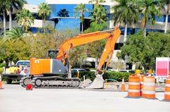 建筑机械设备,反向铲 免版税图库摄影