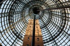 建筑样式 在墨尔本中央商城的塔 库存照片