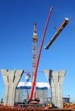 建筑用起重机升降机增强设置绞盘的站点塔 免版税图库摄影