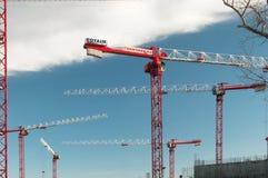 建筑用起重机站点 免版税图库摄影