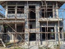 建筑详细资料门前面停车库房子视窗 库存照片