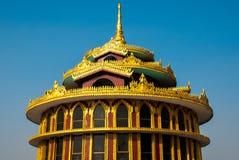 建筑金黄细节 Kyaiktiyo塔 缅甸 免版税图库摄影