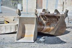 建筑锤子用工具加工视窗 免版税库存图片