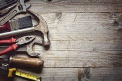 建筑锤子用工具加工视窗 免版税图库摄影