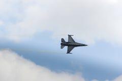 策尔特韦格,奥地利- 2011年7月02日:航空器,洛克西德・马丁F-16 免版税图库摄影