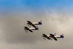 策尔特韦格,奥地利- 2011年7月02日:飞行公牛特技飞行队, 库存图片