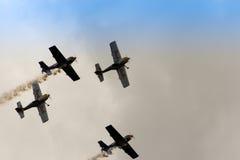 策尔特韦格,奥地利- 2011年7月02日:飞行公牛特技飞行队, 免版税库存照片
