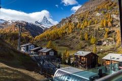 策马特,瑞士- 2015年10月27日:马塔角惊人的看法从策马特的 免版税库存图片