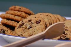 筹码新鲜巧克力的曲奇饼 免版税图库摄影
