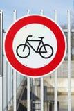 签署禁止停车自行车 免版税库存照片