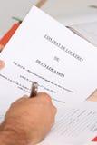 签署租赁资产 免版税库存照片