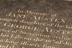 简・奥斯丁的坟墓在温彻斯特座堂,英国 库存照片