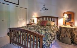 简单的卧室 免版税库存照片