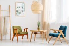 简单的客厅用菠萝 库存照片