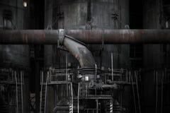管子在产业区域 免版税库存图片