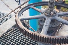 管子阀门在产业的水连接 图库摄影