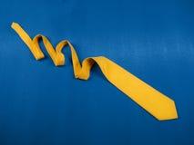 箭头黄色 免版税库存图片
