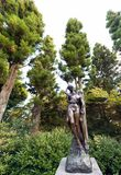 箱根,日本- 2017年11月5日:一对爱恋的夫妇的雕塑我 免版税图库摄影